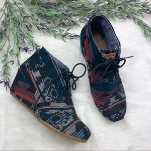Tom's Tribal Print Wedges